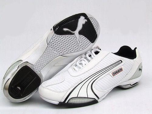Remate de zapatillas de marca