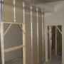 Colocacion de baldosas,policarbonato,insonorizacion y pintura en general