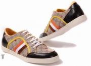Botas, zapatos de tacón alto ysl, sandalias gucci…