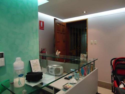 Fotos de Elegante consultorio odontologico equipado 2