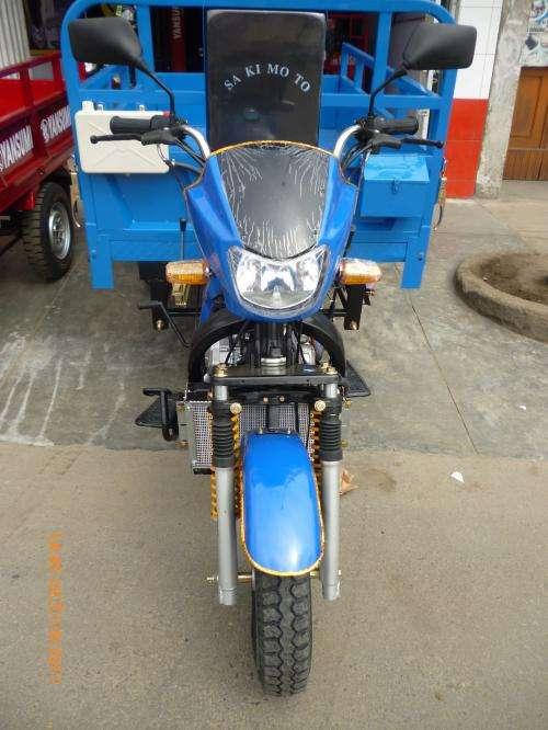 Trimoto de carga, triciclo,carguero,furgoneta, sakimoto. strong, moto de tres ruedas