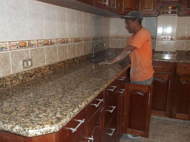 Cocinas con marmol y granito images for Como se obtiene el marmol