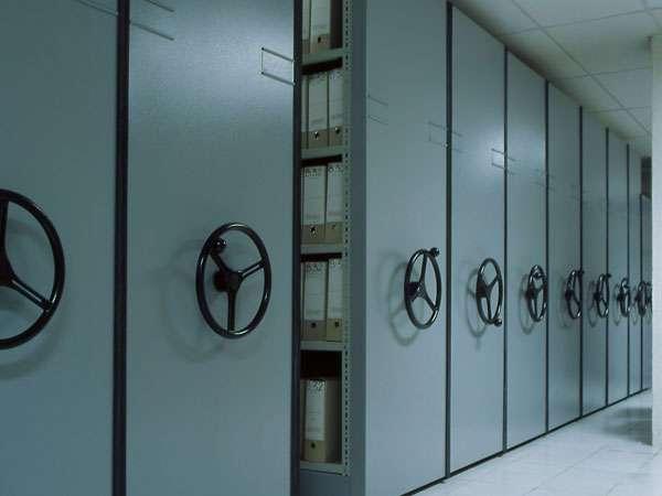 Estanteria movil,estanteriacon manivela,estanteria metalica