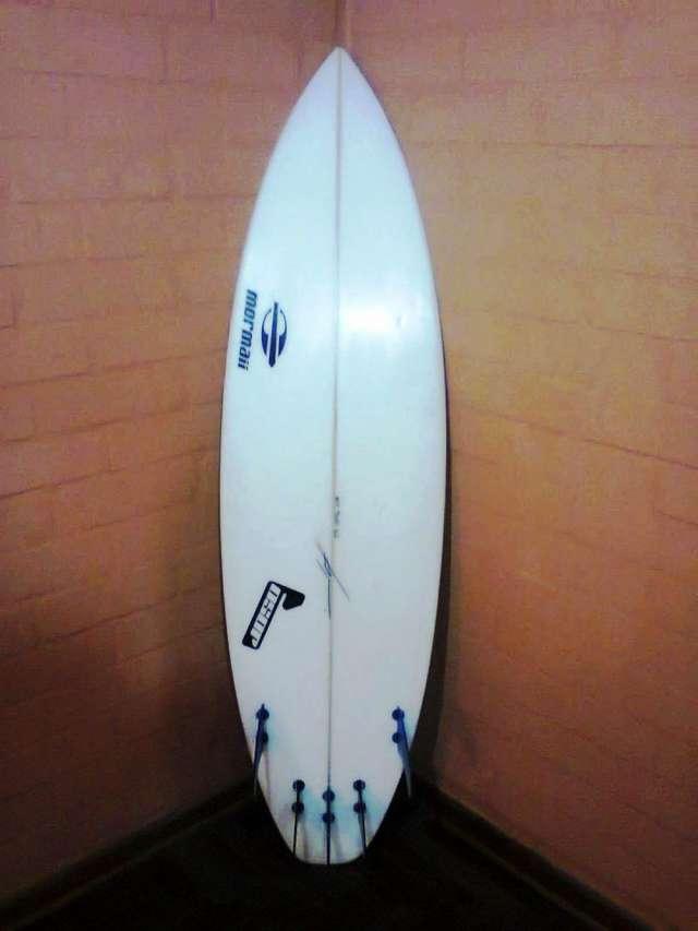 Tabla de surf ,marca joso modelo tom 5´9 a 220 dolares