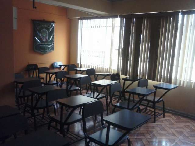 Alquiler de aula amoblada para dictado de seminarios,cursos, etc.