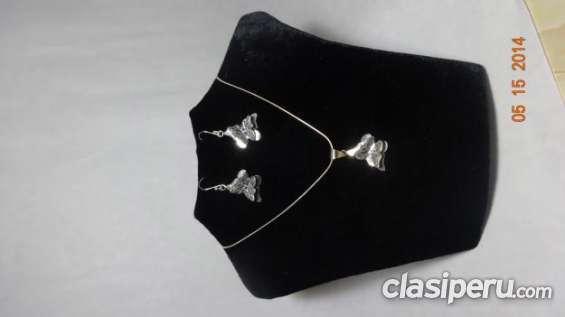 Tengo para ofrecer collar y aretes en plata quemada buen precio!