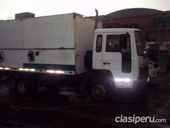 Tengo a la venta volvo fl6 1994 camion furgon super oferta.