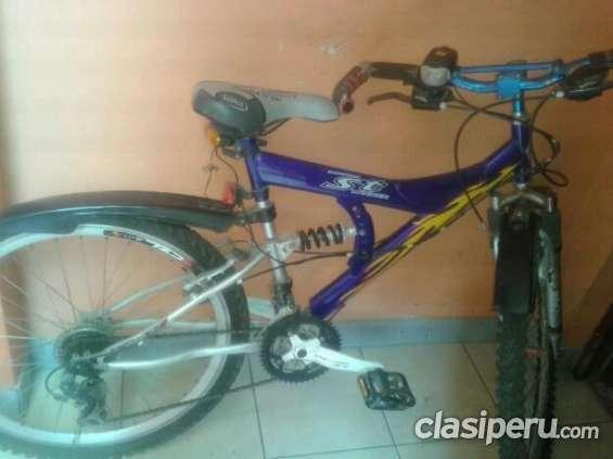 Vendo a buen precio vendo bicicleta montañera en muy buen estado funciona perfectamente!!!