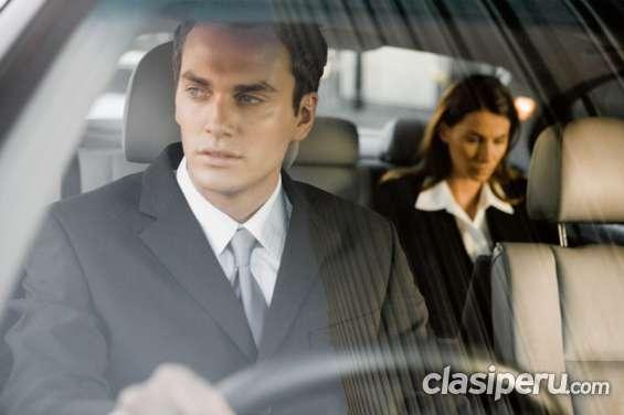 Se requiere de conductor profesional para e
