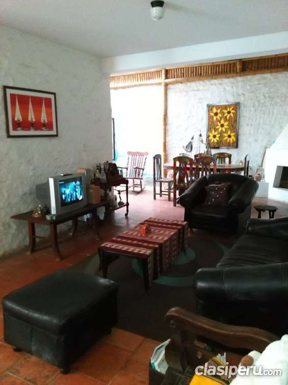 Alquilo casa y depa amoblada ,equipada con cable,wifi,agua caliente,guardiana etc