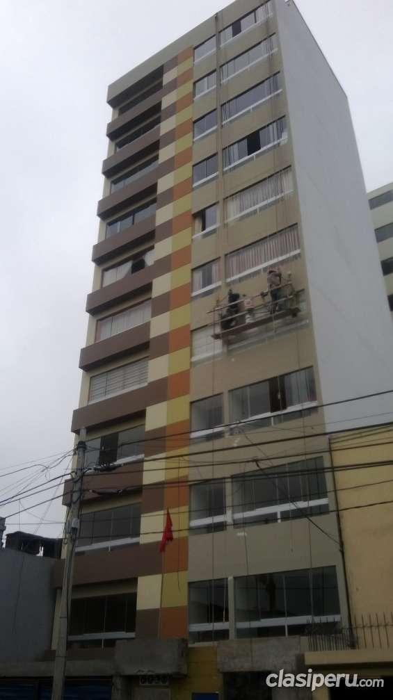 Lima, lince : departamento de estreno