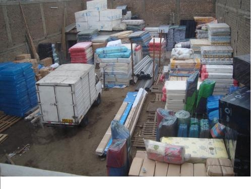 Alquilo amplio local de area de 750 m2 + almacen