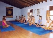 Clases de gimnasia: dinamyc  yoga