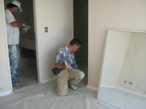 Acabados en pintura y electricista