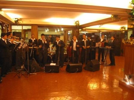 Orquestas fiestas aniversarios orquesta la trivia tf 01 4505319 peru