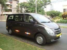 Alquilo minivan h1 11 asientos para paseos playas aeropuerto lima peru