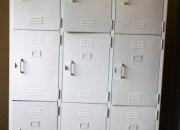 Lockers metalicos de 09 puertas