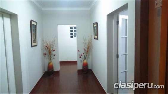 Fotos de Para entendidos alquilo oficina de 20 m2 . san isidro, primer piso muy buena ubi 3