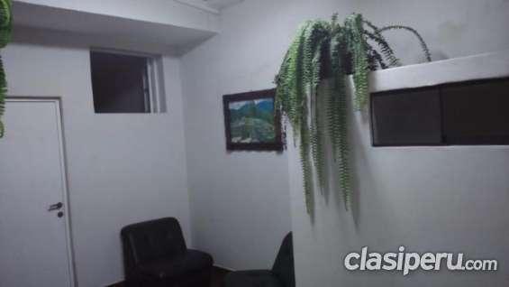 Fotos de Para entendidos alquilo oficina de 20 m2 . san isidro, primer piso muy buena ubi 7