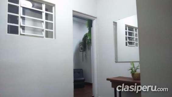 Fotos de Para entendidos alquilo oficina de 20 m2 . san isidro, primer piso muy buena ubi 6