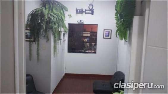 Fotos de Para entendidos alquilo oficina de 20 m2 . san isidro, primer piso muy buena ubi 4