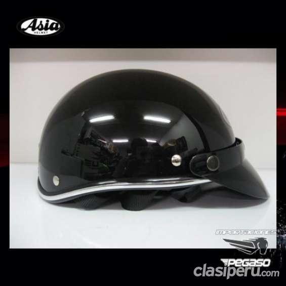 Por viaje vendo *** cascos para moto asia chopper policia custom abierto, s/.39.00 nuevos!! importaciones pegaso *** espero tu respuesta