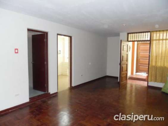 Vendo barato mini departamento 70 m2 impecable.
