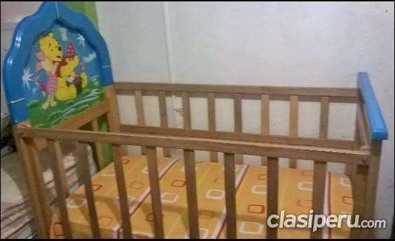 Vendo cunita y colchon de bebe excelente precio.