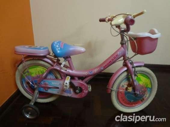Fotos de Vendo bicicleta para niña marca monark oferta especial. 2