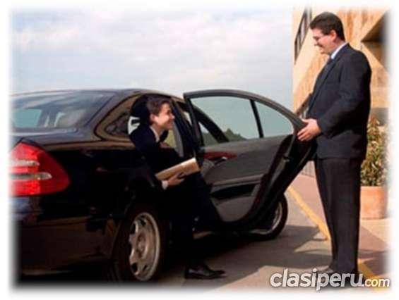 Se busca urgente conductor profesional para remisse
