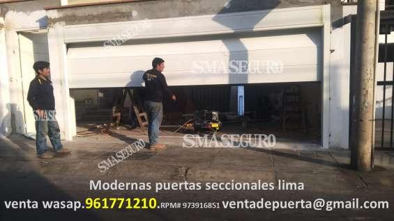 Porton de garage con sistema seccional